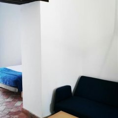 Frenteabastos Hostel & Suites Полулюкс с различными типами кроватей фото 6