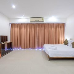 Отель Chic Residences at Karon Beach 2* Студия с различными типами кроватей фото 5