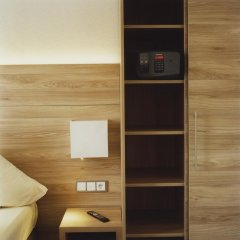Hotel Jedermann 2* Улучшенный номер с различными типами кроватей фото 12