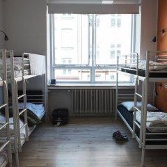 Отель Sleep In Heaven 3* Кровать в женском общем номере