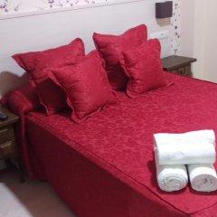 Отель Hostal San Roque Стандартный номер с двуспальной кроватью фото 11