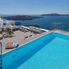 Hotel Thireas бассейн