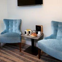 Отель Hallmark Inn Manchester South 3* Улучшенный номер с различными типами кроватей фото 13