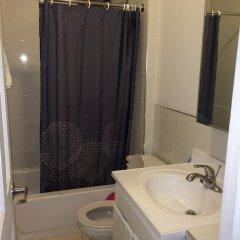 Отель Hostel - Chrystie Street США, Нью-Йорк - отзывы, цены и фото номеров - забронировать отель Hostel - Chrystie Street онлайн ванная