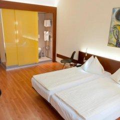 Отель Goldener Schlüssel 3* Стандартный номер с двуспальной кроватью фото 5