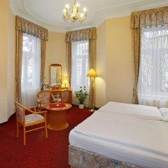 Отель Danubius Health Spa Resort Hvězda-Imperial-Neapol 4* Улучшенный номер с двуспальной кроватью фото 6
