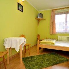 Отель Pokoje Gościnne U Babci Закопане комната для гостей фото 4