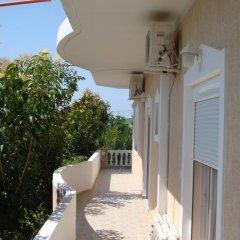 Отель Villa M Cako Албания, Ксамил - отзывы, цены и фото номеров - забронировать отель Villa M Cako онлайн балкон
