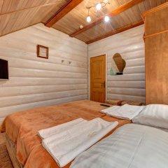 Hotel Complex Korona Стандартный семейный номер с двуспальной кроватью