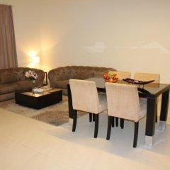 Отель Royal Ascot Hotel Apartment - Kirklees 2 ОАЭ, Дубай - отзывы, цены и фото номеров - забронировать отель Royal Ascot Hotel Apartment - Kirklees 2 онлайн комната для гостей фото 2