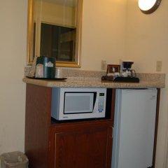 Отель Country Inn & Suites Queensbury 3* Стандартный номер с различными типами кроватей фото 5