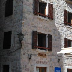 Montenegro Hostel B&B Kotor балкон