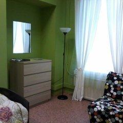 White Nights Hostel Стандартный семейный номер с различными типами кроватей