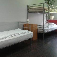 Hostel - Kartuska комната для гостей фото 2