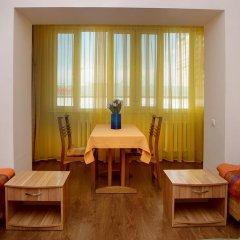 Отель Bed & Breakfast Bishkek 2* Кровать в мужском общем номере фото 12