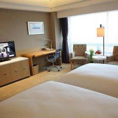 Shanghai Hongqiao Airport Hotel 4* Номер Делюкс с 2 отдельными кроватями фото 7