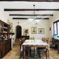 Отель Il ritrovo delle Volpi Италия, Аджерола - отзывы, цены и фото номеров - забронировать отель Il ritrovo delle Volpi онлайн питание