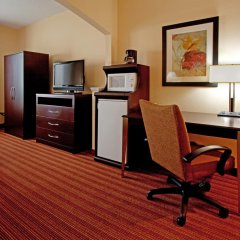 Holiday Inn Express Hotel & Suites Greenville Airport 2* Стандартный номер с различными типами кроватей фото 3