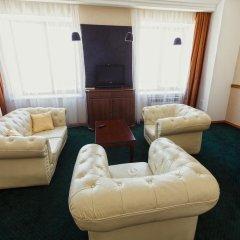 Гостиница «Гостиный Двор» в Новосибирске отзывы, цены и фото номеров - забронировать гостиницу «Гостиный Двор» онлайн Новосибирск комната для гостей фото 4