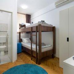 Hostel Bureau Номер Делюкс с 2 отдельными кроватями фото 4