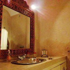 Отель Riad Helen Марокко, Марракеш - отзывы, цены и фото номеров - забронировать отель Riad Helen онлайн ванная фото 2
