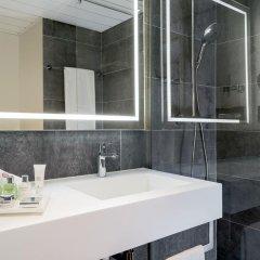 Отель NH Collection Frankfurt City 4* Улучшенный номер с различными типами кроватей фото 6