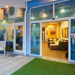 Отель Family Hotel Regata Болгария, Поморие - отзывы, цены и фото номеров - забронировать отель Family Hotel Regata онлайн вид на фасад фото 3