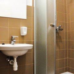 Отель Männiku JK Эстония, Таллин - отзывы, цены и фото номеров - забронировать отель Männiku JK онлайн ванная
