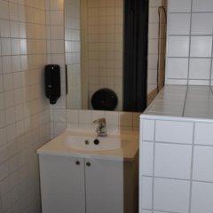 Отель Marken Guesthouse Стандартный номер фото 6