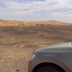 Отель Night Desert Camp Марокко, Мерзуга - отзывы, цены и фото номеров - забронировать отель Night Desert Camp онлайн пляж фото 2