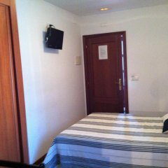 Отель Hostal Adelia 2* Стандартный номер с различными типами кроватей фото 2