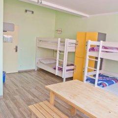 Wombats City Hostel Кровать в общем номере фото 3
