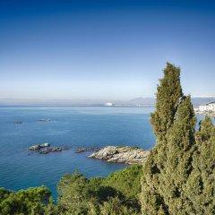 Отель L'Encantarella Испания, Курорт Росес - отзывы, цены и фото номеров - забронировать отель L'Encantarella онлайн пляж фото 2