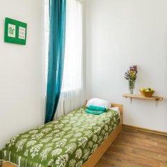 Хостел и Кемпинг Downtown Forest Стандартный номер с различными типами кроватей (общая ванная комната) фото 9