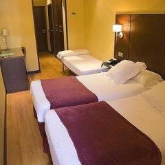 Отель Hostal Astoria Стандартный номер с различными типами кроватей фото 7