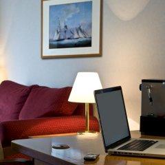 Radisson Collection Hotel Warsaw 5* Представительский люкс с различными типами кроватей фото 4