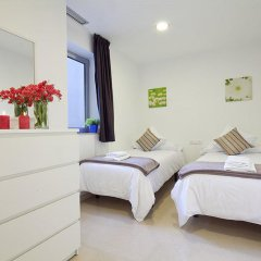 Отель Charmsuites Nou Rambla комната для гостей фото 3