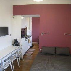 Отель At Home in Paris Булонь-Бийанкур комната для гостей фото 4