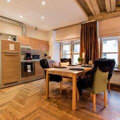Апартаменты Oldhouse Apartments Таллин в номере