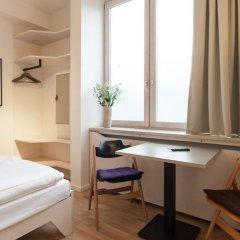 Отель Room For Rent Номер Комфорт фото 3