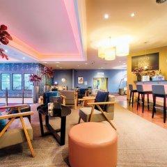 Отель Leonardo Royal Hotel Düsseldorf Königsallee Германия, Дюссельдорф - 3 отзыва об отеле, цены и фото номеров - забронировать отель Leonardo Royal Hotel Düsseldorf Königsallee онлайн гостиничный бар