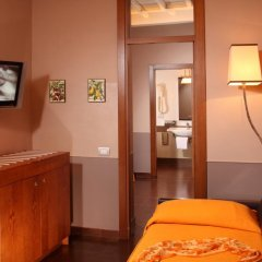 Hotel Condotti 3* Люкс с различными типами кроватей фото 3