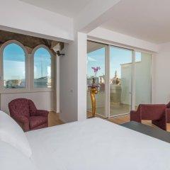 Отель Le Bifore Charming House Лечче комната для гостей фото 2
