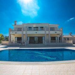 Отель Akefalou Sea View Villa Кипр, Протарас - отзывы, цены и фото номеров - забронировать отель Akefalou Sea View Villa онлайн бассейн фото 3