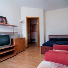 Отель April On Kutuzov 36 Апартаменты фото 4