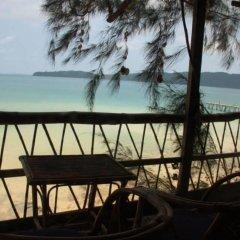 Отель Ataman Resort Камбоджа, Ко-Уэн - отзывы, цены и фото номеров - забронировать отель Ataman Resort онлайн балкон