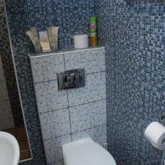 Мини-Отель Каприз Стандартный номер 2 отдельные кровати фото 23