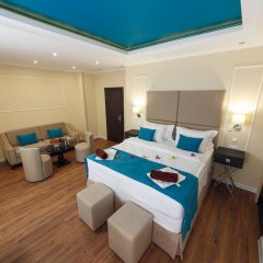 Гостиница Голубая Лагуна Люкс с двуспальной кроватью фото 11