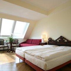 Hotel Royal 4* Улучшенный номер с разными типами кроватей фото 8