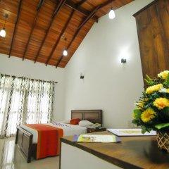 Отель Rockery Villa Шри-Ланка, Бентота - отзывы, цены и фото номеров - забронировать отель Rockery Villa онлайн интерьер отеля фото 2
